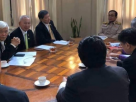 PM meets top doctors to discuss measures on tackling Covid-19